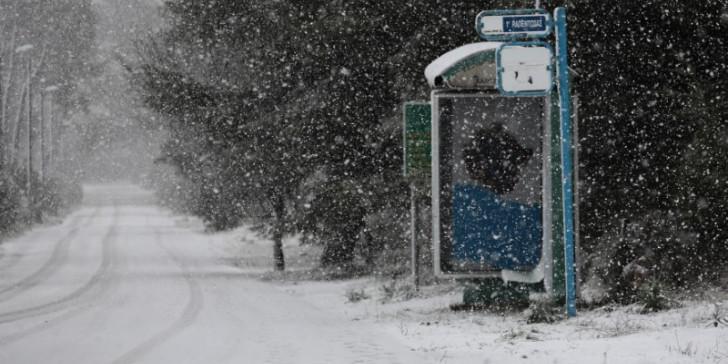 Πώς θα εξελιχθεί η κακοκαιρία τις επόμενες ώρες – Πού θα χιονίσει | tovima.gr