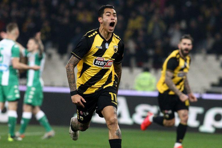 Με σκόρερ τον Αραούχο η ΑΕΚ επικράτησε του Παναθηναϊκού με 1-0 | tovima.gr