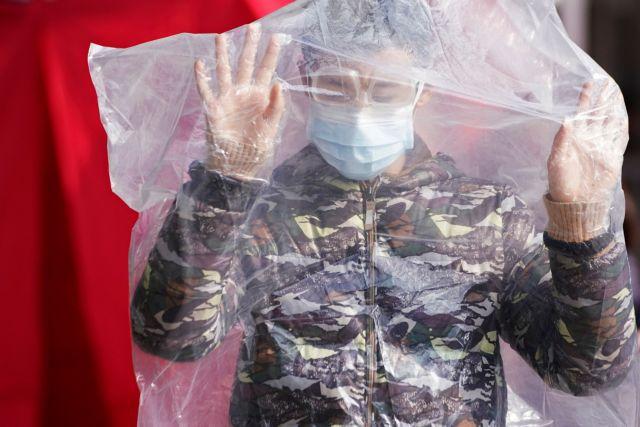 Συναγερμός λόγω κορωνοϊού στην Ευρώπη: Τέταρτο κρούσμα στη Βρετανία | tovima.gr
