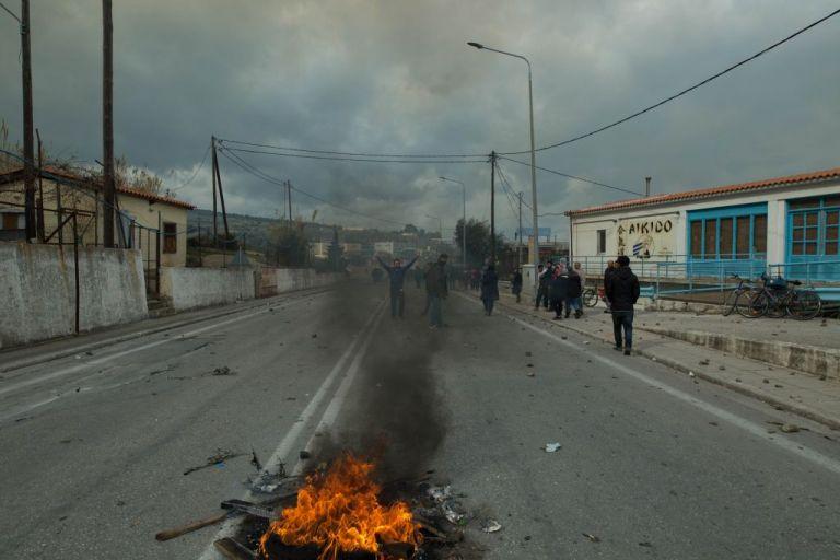 Guardian για Προσφυγικό: Πυριτιδαποθήκη έτοιμη να εκραγεί η Λέσβος | tovima.gr