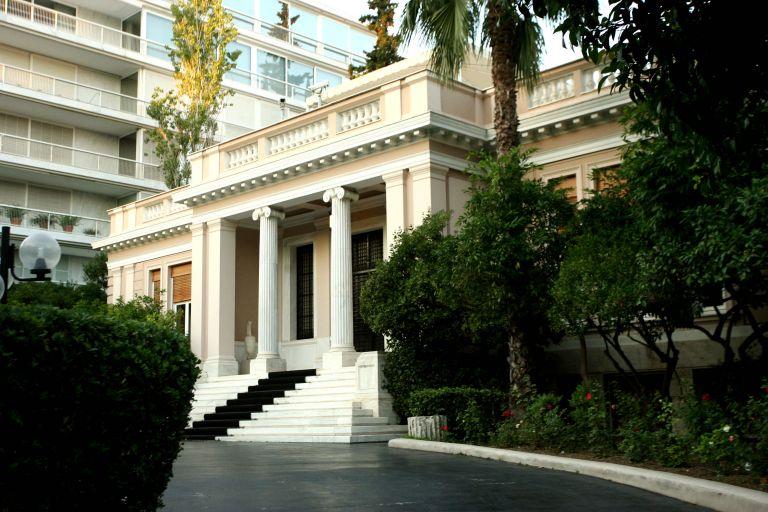 Κυβερνητικές πηγές: Ο ΣΥΡΙΖΑ, μέχρι πρότινος επένδυε στα μαγκάλια, τώρα επενδύει στο κάρβουνο | tovima.gr