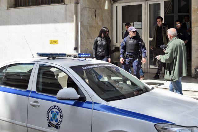 Α.Τ. Κυψέλης: Κρατούμενος ζήτησε να πάει στην τουαλέτα και απέδρασε   tovima.gr