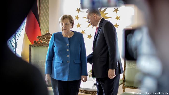 Νομιμοποιεί η Γερμανία εγκλήματα πολέμου του Ερντογάν; | tovima.gr
