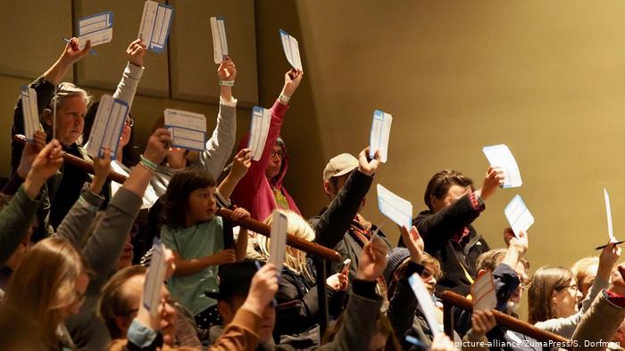 Ηλεκτρονική ψηφοφορία ή ψηφοδέλτιο από χαρτί;   tovima.gr