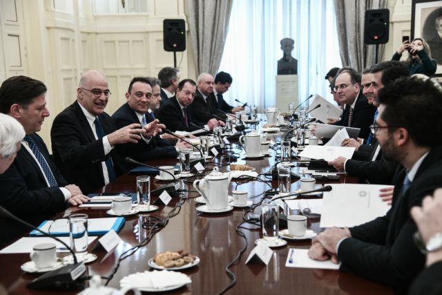 «Ομοψυχία και υπευθυνότητα» στο Συμβούλιο Εξωτερικής Πολιτικής | tovima.gr