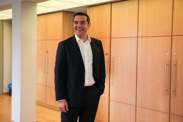 Τσίπρας: Δριμεία κριτική στην κυβέρνηση που «ασχολείται αποκλειστικά με την επικοινωνία και όχι με την ουσία» | tovima.gr