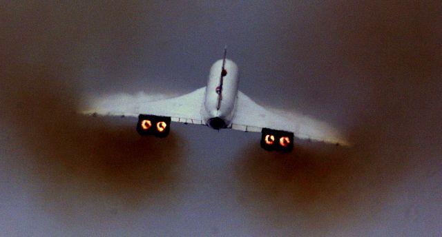 Πώς η κλιματική αλλαγή επηρεάζει την απογείωση των αεροσκαφών | tovima.gr