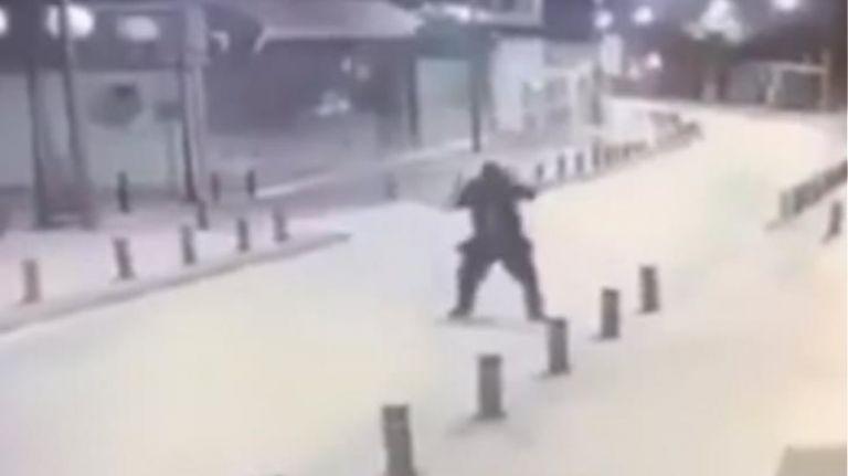 Βίντεο ντοκουμέντο από την επίθεση με πυροβολισμούς στην Αγία Νάπα | tovima.gr