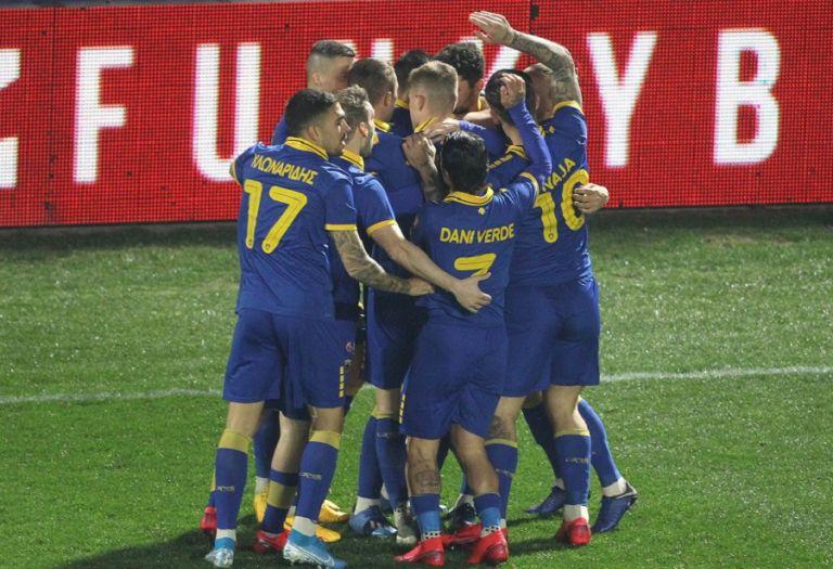 Έκτος έδρας νίκη για την ΑΕΚ 1-0 τον Άρη   tovima.gr
