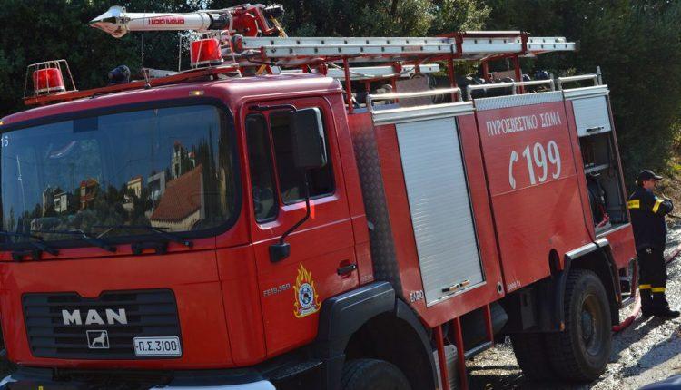 Κατασβέστηκε η φωτιά στο υπόγειο του 1ου Γυμνασίου Ευόσμου | tovima.gr