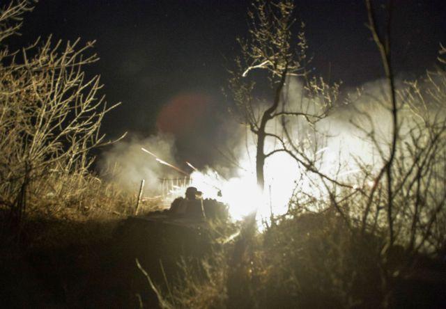 Ουκρανία: Αιματηρές συγκρούσεις με έναν νεκρό και τέσσερις τραυματίες | tovima.gr