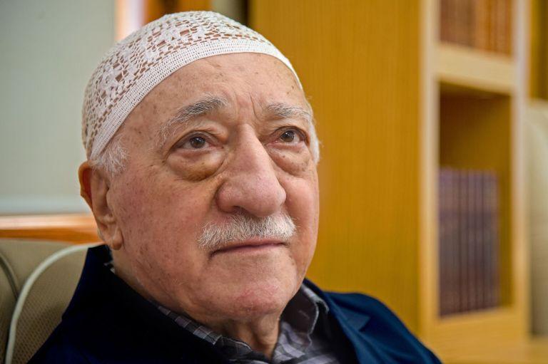 Ankara denies rumours of coup plot against Erdogan, arrests 700 alleged Gulenists | tovima.gr