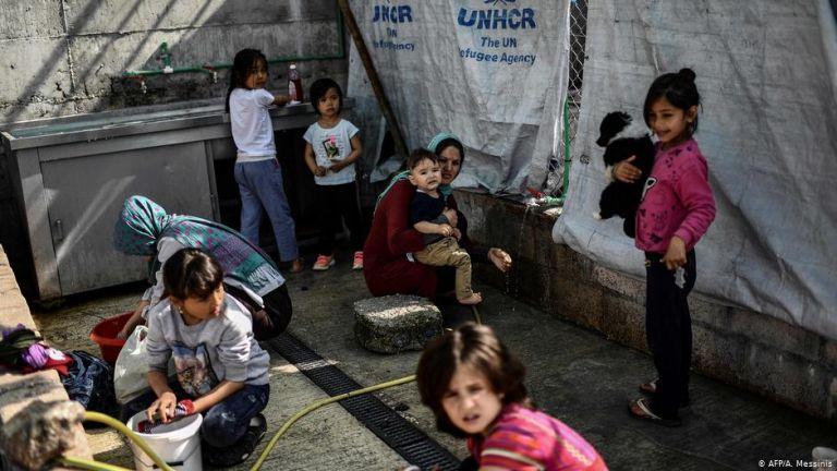 «Σύνδρομο παραίτησης» για πολλά από τα 6.000 προσφυγόπουλα της Μόρια | tovima.gr