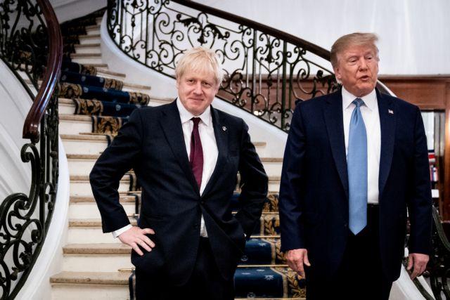 Ξεκινούν προσεχώς οι εμπορικές συνομιλίες Τζόνσον – Τραμπ | tovima.gr