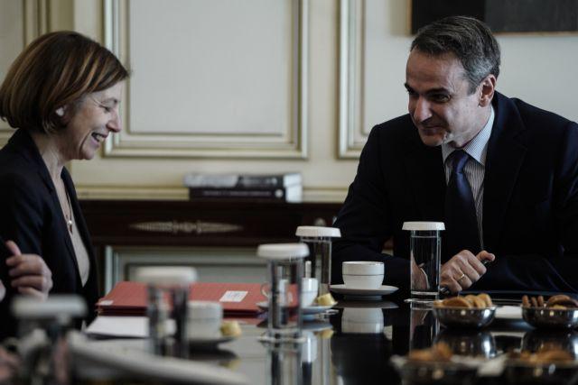 Τετ α τετ Μητσοτάκη – Παρλί με έμφαση στην αμυντική συνεργασία | tovima.gr