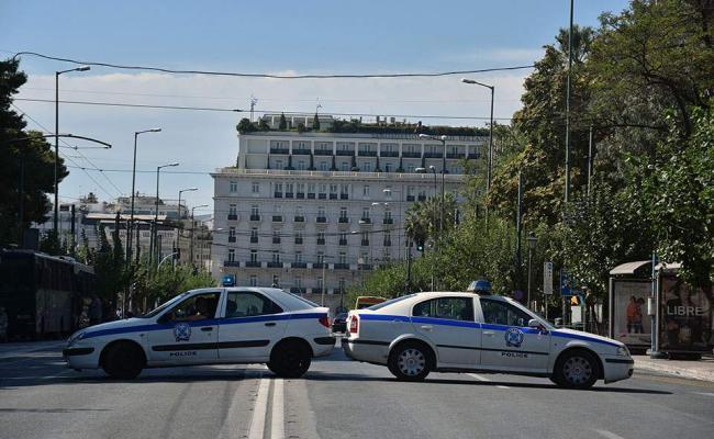 Σε δημόσια διαβούλευση οι ρυθμίσεις για τις «Δημόσιες υπαίθριες συναθροίσεις» | tovima.gr