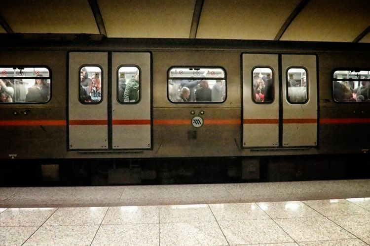 Koρωνοϊός και μέσα μαζικής μεταφοράς | tovima.gr