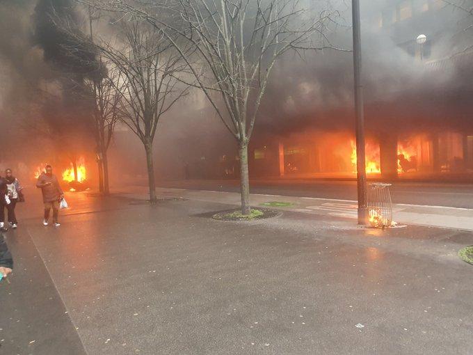 Μεγάλη φωτιά στο Παρίσι – Εκκενώνεται σιδηροδρομικός σταθμός | tovima.gr