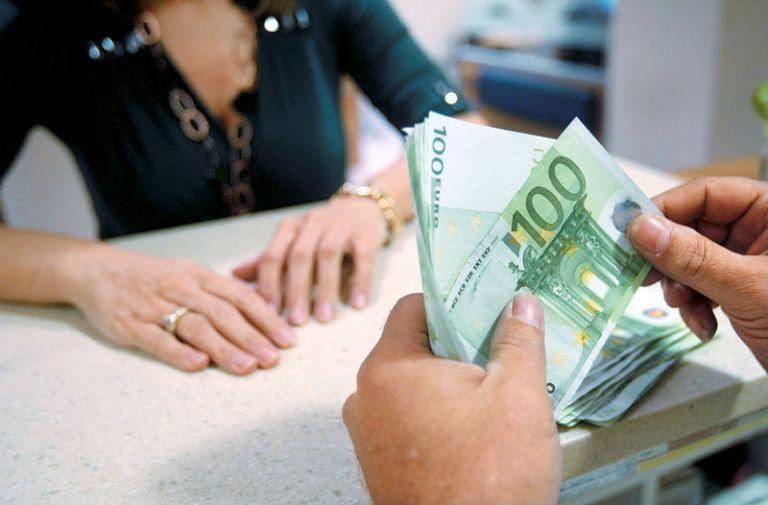 Ασφαλιστικό : Οι 15 αλλαγές σε συντάξεις, εισφορές και μπλοκάκια | tovima.gr