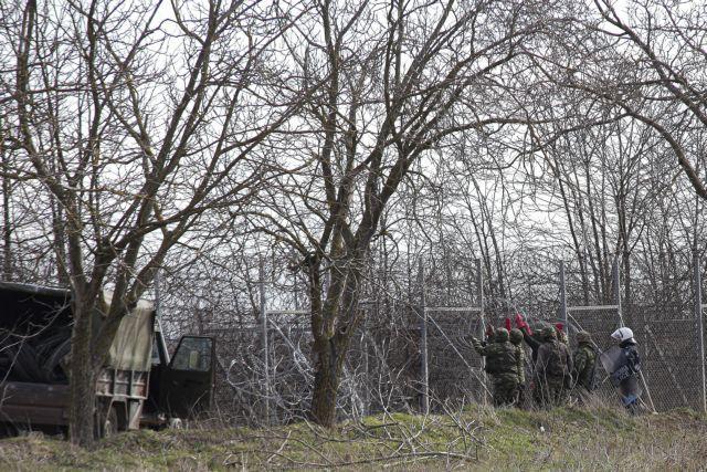 Spiegel: Η Ελλάδα εξασφαλίζει τα εξωτερικά σύνορα της ΕΕ | tovima.gr