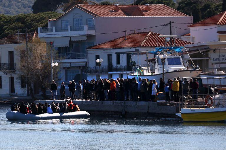 Editorial: Solidarity requires deeds   tovima.gr