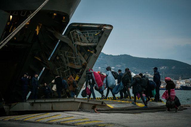 Μηταράκης: Φεύγουν άμεσα από τα νησιά 2.000 πρόσφυγες | tovima.gr