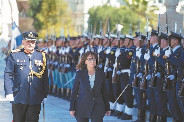 Η υποψήφια και η Πρόεδρος | tovima.gr