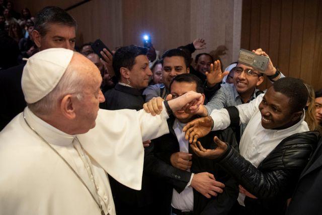 Πάπας Φραγκίσκος: Μέσω διαδικτύου η καθιερωμένη ευλογία της Κυριακής λόγω κορωνοϊού | tovima.gr