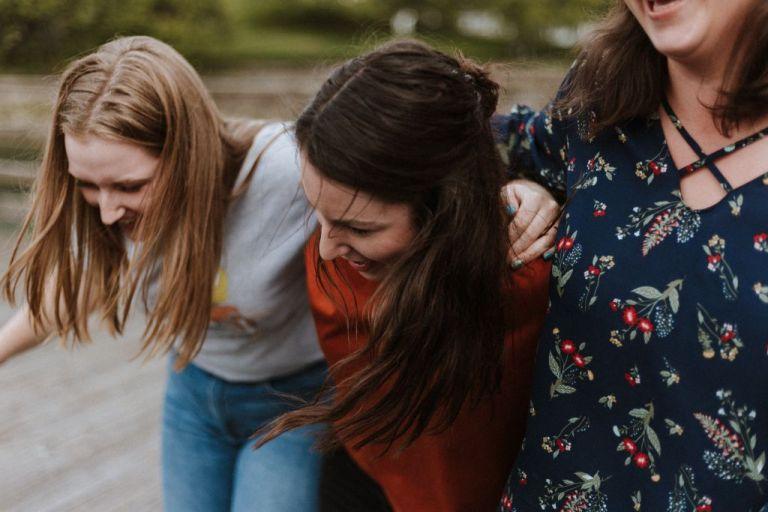 Ερευνα: Πόσο ευτυχισμένες είναι οι Ελληνίδες; | tovima.gr