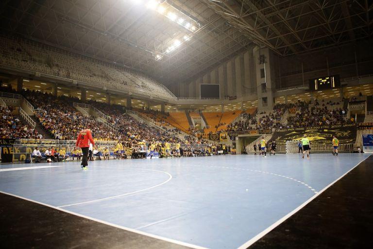 Αναβλήθηκε λόγω κορωνοϊού ο τελικός του Κυπέλλου   tovima.gr