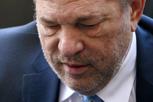 Καταδικάστηκε σε 23 χρόνια φυλάκισης ο Χάρβεϊ Γουάινσταϊν | tovima.gr