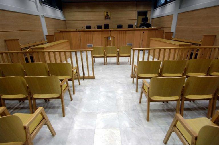 Κορωνοϊός: Οι δικαστικοί υπάλληλοι ζητούν αναστολή λειτουργίας των δικαστηρίων   tovima.gr