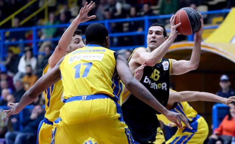 Ο ΕΣΑΚΕ δεν θέλει, αλλά δεν μπορεί να μην βάλει λουκέτο   tovima.gr