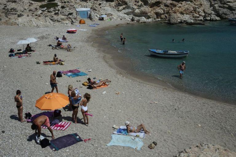 Ισχυροί κραδασμοί στον τουρισμό | tovima.gr