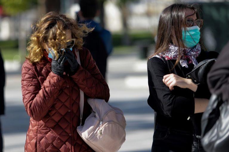 Κορωνοϊός: Πάνω από 1.500 κλήσεις την πρώτη μέρα λειτουργίας του 1110 | tovima.gr