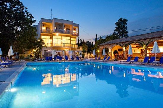 Υπουργείο Τουρισμού: Αναστολή λειτουργίας των ξενοδοχείων έως τέλος Απριλίου | tovima.gr