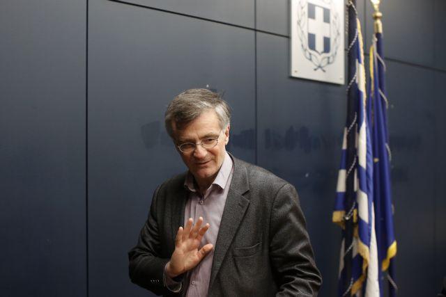 «Λύγισε» ο Σωτήρης Τσιόδρας όταν μιλούσε για τους ηλικιωμένους | tovima.gr