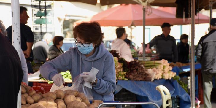 Κορωνοϊός: Κλειστές σήμερα οι λαϊκές αγορές – Τι αλλάζει από Δευτέρα | tovima.gr