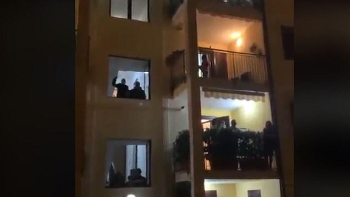 Νέο κάλεσμα για χειροκρότημα από τα μπαλκόνια μας – Την Κυριακή στις 21:00 | tovima.gr