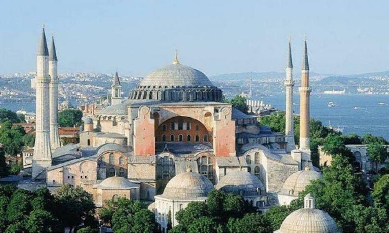 Τουρκικών προκλήσεων συνέχεια: Ιμάμης καλεί για προσευχή εντός της Αγιάς Σοφιάς | tovima.gr