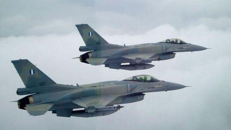 Δύο τουρκικά F-16  πραγματοποίησαν υπερπτήσεις πάνω από τη Ρω | tovima.gr