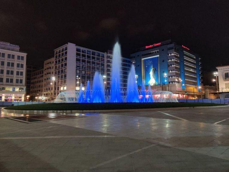 Στα γαλανόλευκα η νέα πλατεία Ομονοίας | tovima.gr