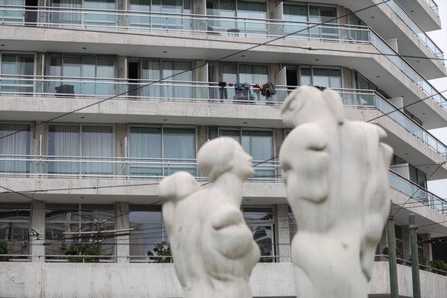 Βίντεο ντοκουμέντο του MEGA μέσα από το ξενοδοχείο της καραντίνας | tovima.gr
