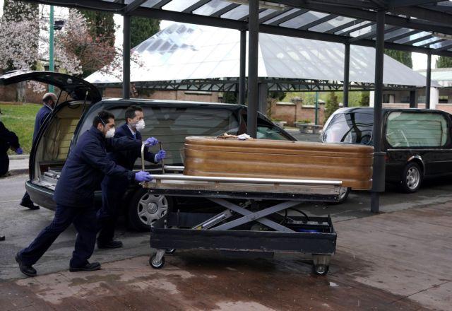 Κορωνοϊός : Νέο μακάβριο ρεκόρ στην Ισπανία – 838 νεκροί σε μια μέρα   tovima.gr