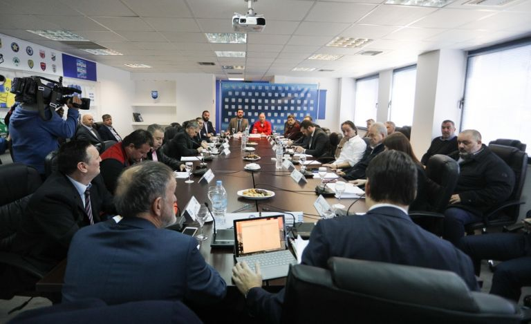 Μπαίνει… τελεία στο φαιδρό «κίνημα της παύλας»   tovima.gr