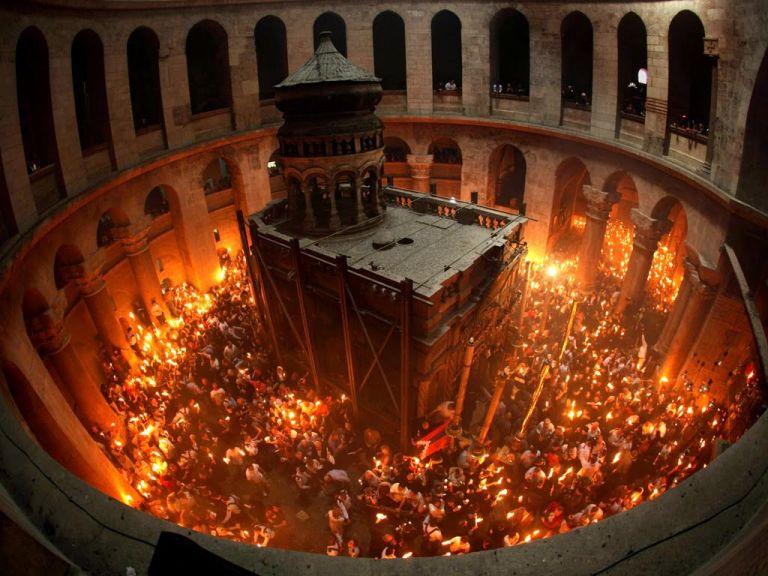 Ισραηλινά μέσα: Κανονικά το Αγιο Φως στην Ελλάδα | tovima.gr