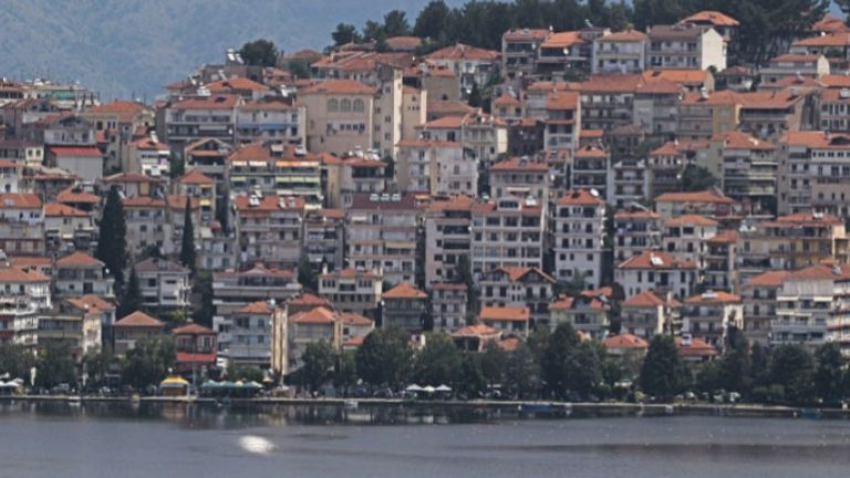 Πρόσθετα περιοριστικά μέτρα σε 5 δήμους- Σε καραντίνα η Μεσοποταμία Καστοριάς | tovima.gr