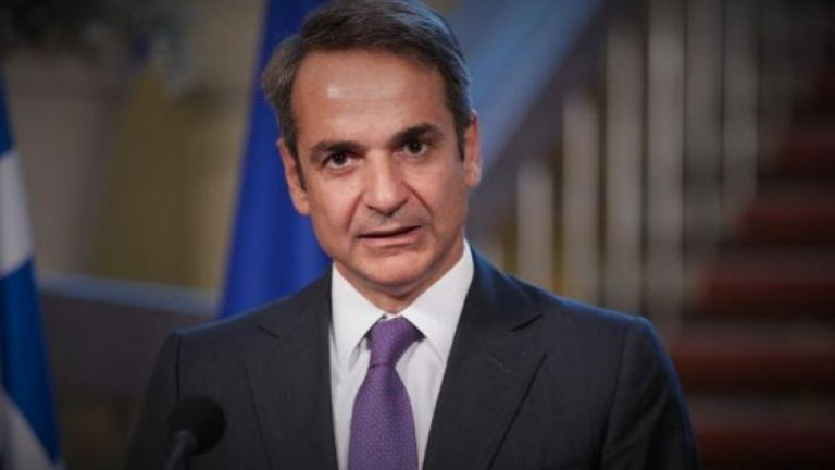 Mitsotakis urges his ministers, MPs to donate half of salary to coronavirus fight | tovima.gr