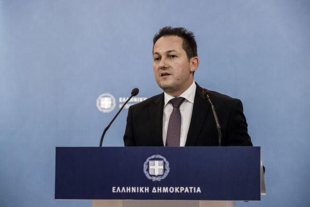 Πέτσας στο MEGA: Εξετάζεται χρονικός περιορισμός στις άδειες εξόδου από το σπίτι | tovima.gr