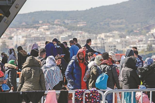 Φόβοι για «θερμοκήπιο» Covid-19 στα κέντρα προσφύγων | tovima.gr